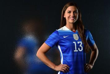 【写真特集】リオ五輪を彩った女子サッカーの美女選手たち