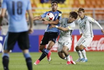 "U-20日本代表が体感した""本物の世界"" 南米1位ウルグアイの試合巧者ぶりと「最後の質」"