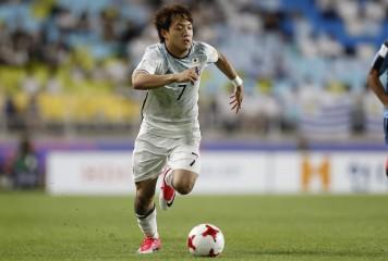 U-20W杯、堂安のFKはバー直撃 日本がベネズエラに押される展開も0-0のまま後半へ