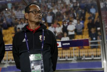 U-20内山監督、16強敗退に声震わせ選手の奮闘讃える 「残念。選手は120分、死闘を頑張った」
