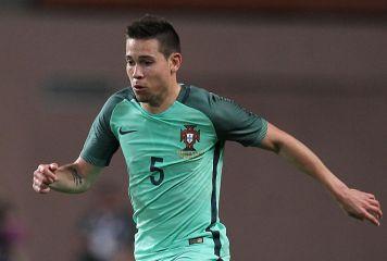 ポルトガル代表とドルトムントは安堵 香川の同僚DF、コンフェデ杯で負傷も不幸中の幸い