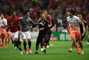 「浦和が挑発」「コーチも水をかけてきた」 暴力行為の済州が驚きの反論、AFCに抗議文提出