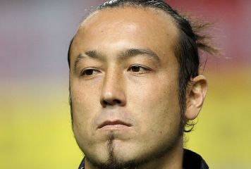 闘莉王が2発、キャリアハイ12得点目と大活躍! 古巣の名古屋戦で3-1勝利に貢献