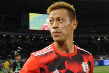 パチューカ移籍の本田の立ち位置は? 米メディアが分析「日本のスターはメキシコ代表FWの代役になる」