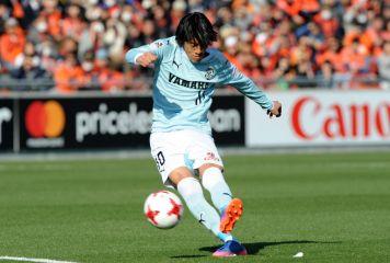 中村俊輔が「FKキッカー」世界9位 英メディアも注目「日本フットボール界のスター」