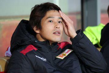 内田篤人、日本代表復帰の噂も負傷 クラブの練習中に左足肉離れで戦線離脱へ