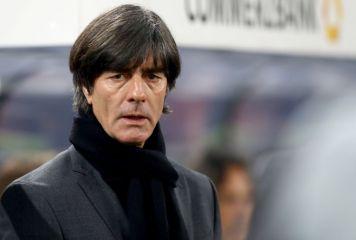 """デ・ロッシの""""アップ拒否""""は「偉大な振る舞い」 ドイツ代表監督が行動を讃える"""