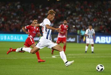 本田パチューカ、クラブW杯初戦で劇的な延長1-0勝利! グレミオとの準決勝進出決定