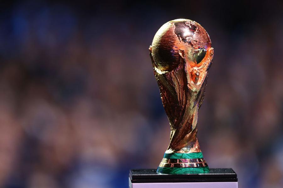 2018年ロシアW杯の優勝トロフィー【写真:Getty Images】