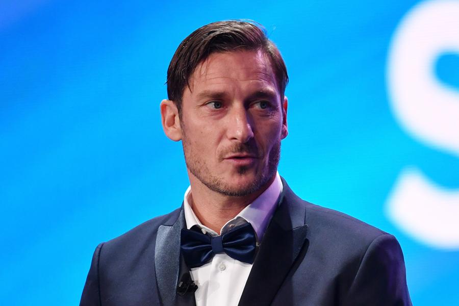 今季から幹部としてローマを支えているトッティ氏【写真:Getty Images】