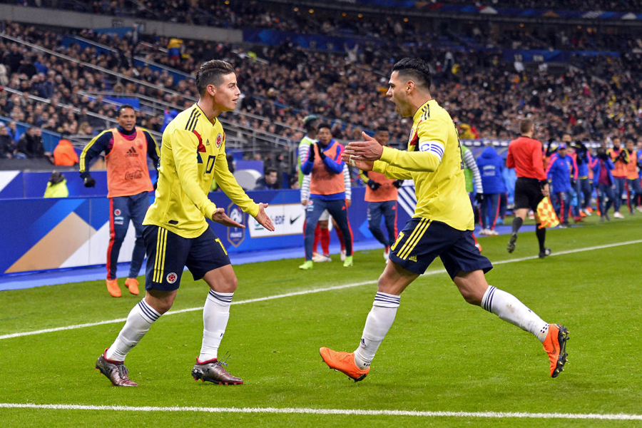 コロンビア代表のハメス(左)とファルカオ(右)【写真:Getty Images】
