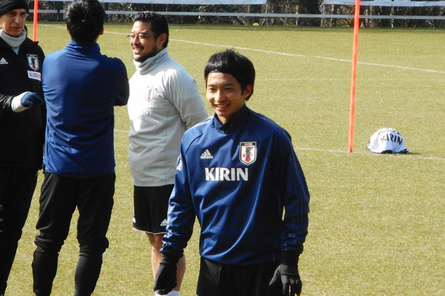 ベンチからマリ戦を見守った柴崎が感じた、苦戦したシンプルな理由【写真:Football ZONE web】