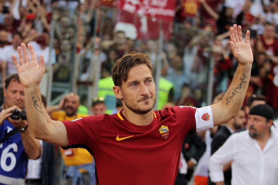 """ローマは、""""英雄トッティ""""の輝かしいキャリアを振り返る動画を配信【写真:Getty Images】"""