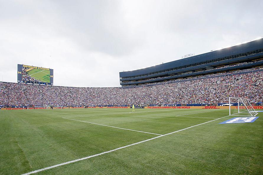 ビッグ・ハウスの通称で知られるミシガン・スタジアム【写真:Getty Images】