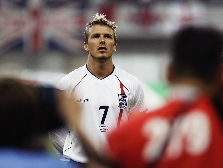 """空前の""""ベッカム・フィーバー""""となった2002年日韓W杯。イングランド代表は全5試合を日本で戦った【写真:Getty Images】"""