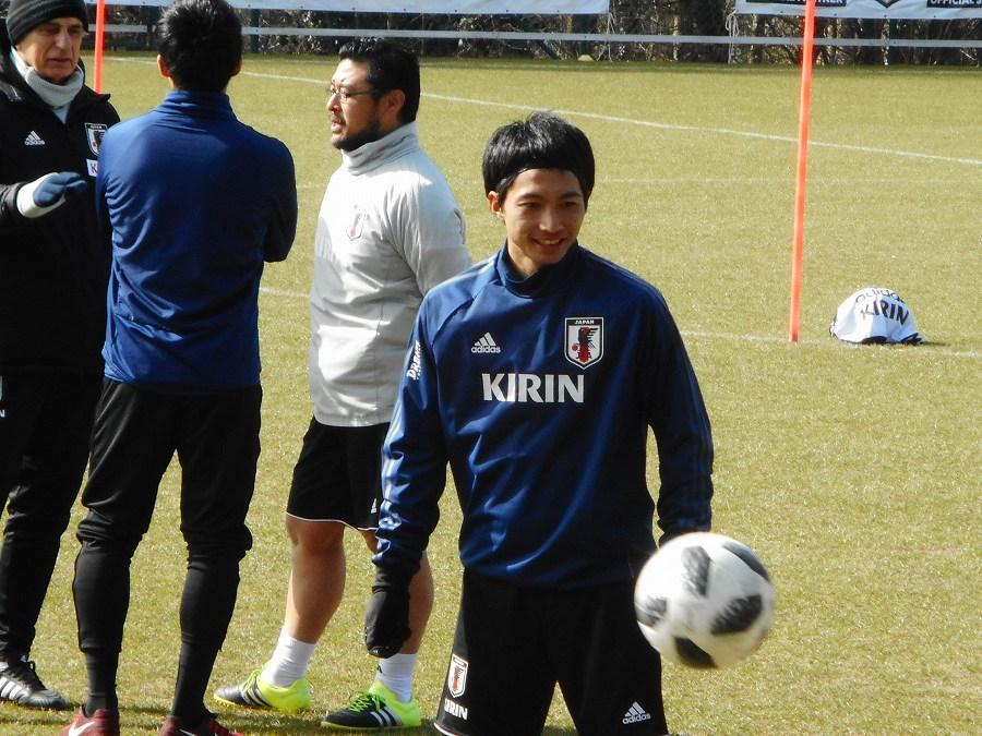 半年ぶりに日本代表復帰を果たしたMF柴崎岳【写真:Football ZONE web】