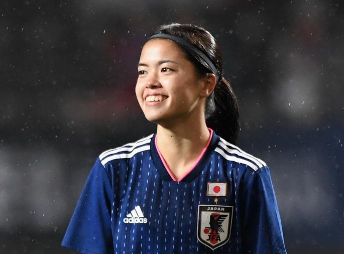 日本代表での活躍が期待されるMF長谷川唯【写真:Getty Images】