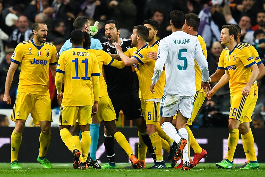 UEFAチャンピオンズリーグ(CL)準々決勝第2戦、レアル・マドリード対ユベントスの試合終了間際に起きたPK判定が世界中で議論を呼んでいる【写真:Getty Images】