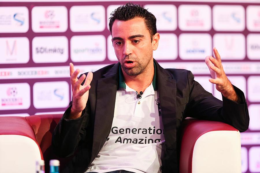 シャビ、UEFAプロライセンスの指導者コース受講を開始【写真:Getty Images】