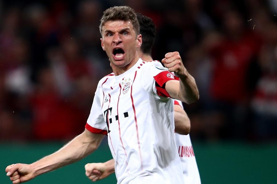 DFBポカール準決勝のレバークーゼン戦で、ミュラーがハットトリックの活躍【写真:Getty Images】
