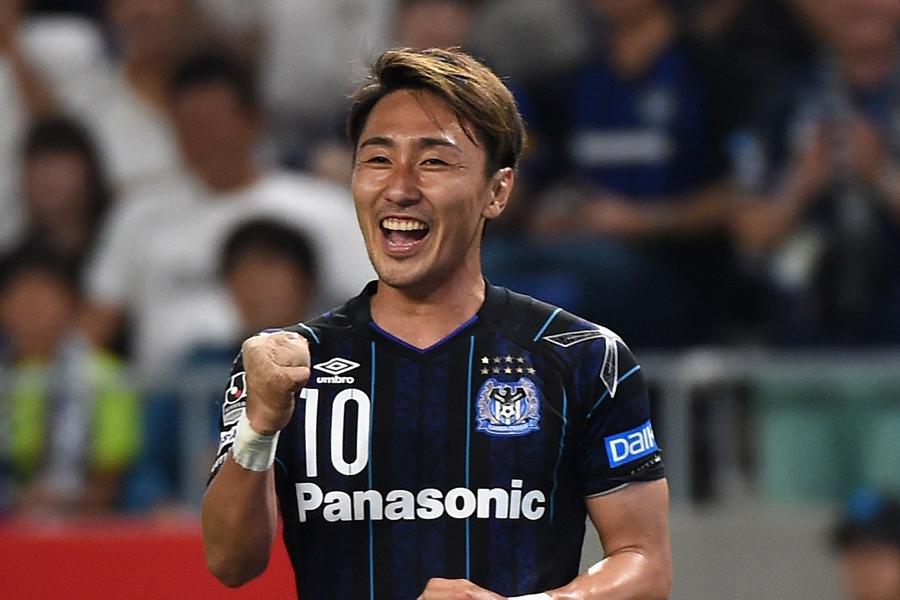 倉田が第11節・サガン鳥栖でスーパーゴールを披露【写真:Getty Images】