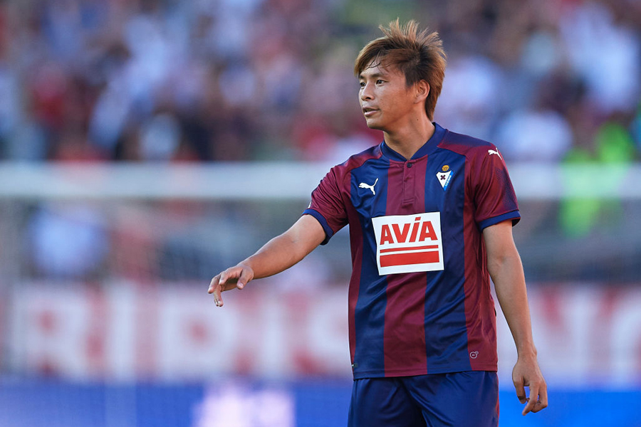 日本代表MF乾貴士が、今季限りで退団するエイバルの主将MFダニ・ガルシアを絶賛している【写真:Getty Images】
