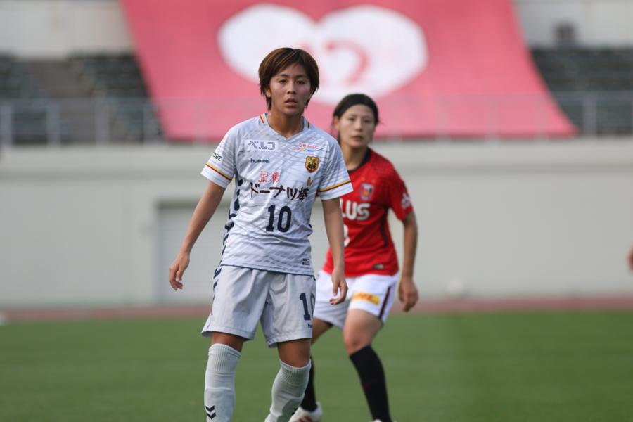 4月の女子アジアカップで鼻を骨折して手術を受けたFW岩渕真奈が復帰【写真:Football ZONE web】