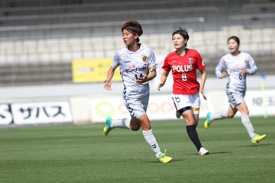 2ゴールを挙げてゲームのヒロインとなったINACのFW京川舞【写真:Football ZONE web】
