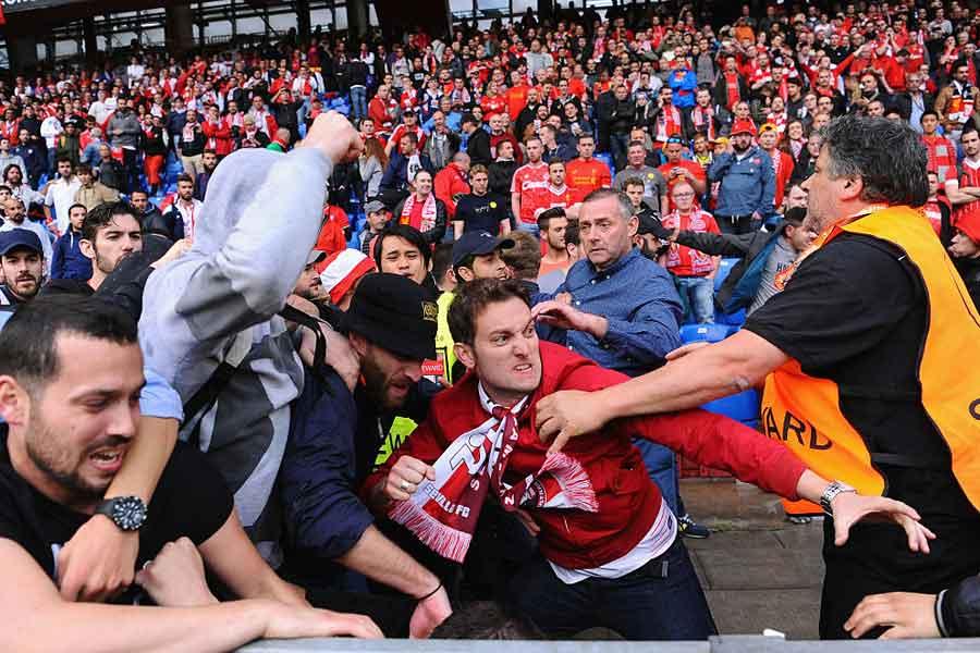 リバプールサポーターが、CL決勝会場のキエフで襲撃され負傷した(写真はイメージです)【写真:Getty Images】