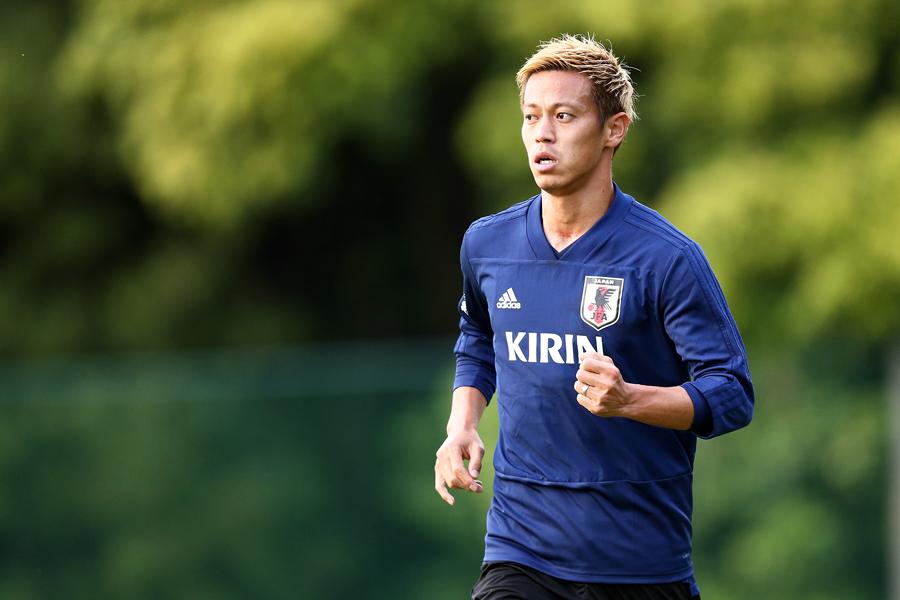 西野監督は本田の起用法について言及した【写真:Getty Images】