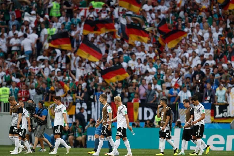 前回王者ドイツがメキシコに0-1で敗れた。ロシア・ワールドカップ(W杯)は、グループリーグ初戦から波乱が巻き起こっている【写真:AP】