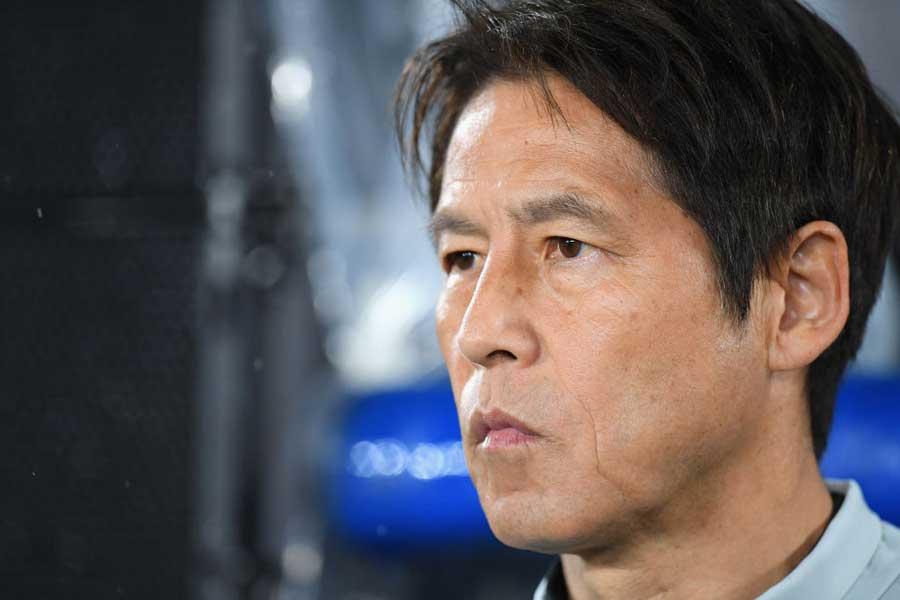 西野監督、新体制2連敗に攻撃のアイデアと精度を要求【写真:Getty Images】