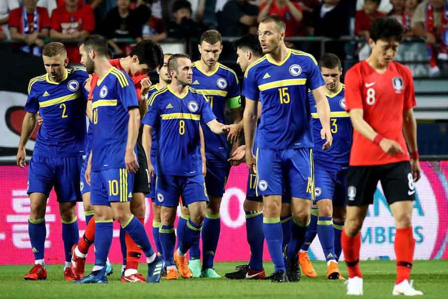 韓国代表はボスニア・ヘルツェゴビナに1-3で敗れ、問題点を母国メディアが分析している【写真:Getty Images】