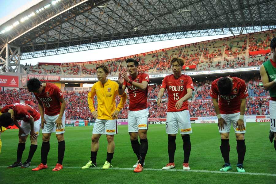 ヴァンフォーレ甲府は、2戦合計スコア3-2で浦和レッズを下した【写真:Getty Images】
