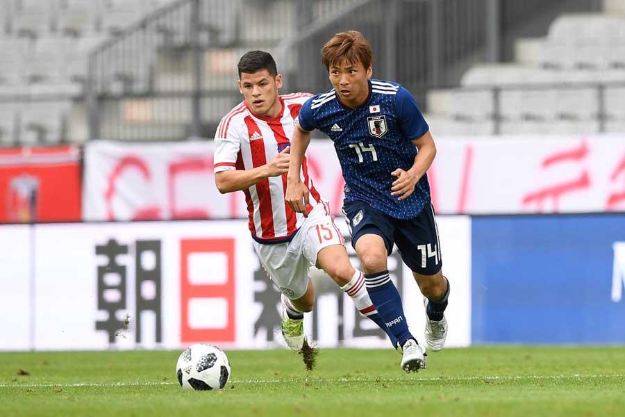 日本代表が乾のゴールで同点に追い付いた【写真:Getty Images】