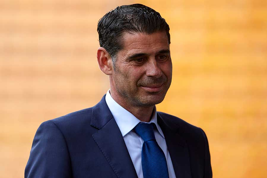 スペイン代表の監督に電撃就任したイエロ氏【写真:Getty Images】
