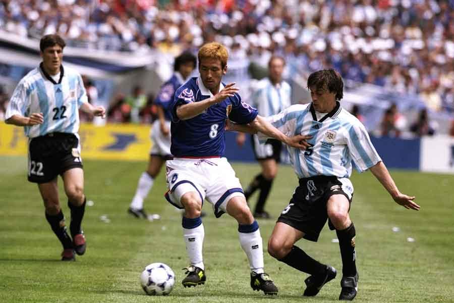 1998年W杯初出場の日本は、優勝候補のアルゼンチンに0-1で惜しくも敗れた【写真:Getty Images】