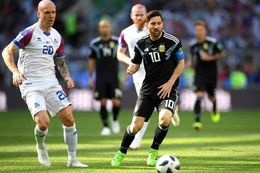 アルゼンチン対アイスランドは1-1で後半へ【写真:Getty Images】