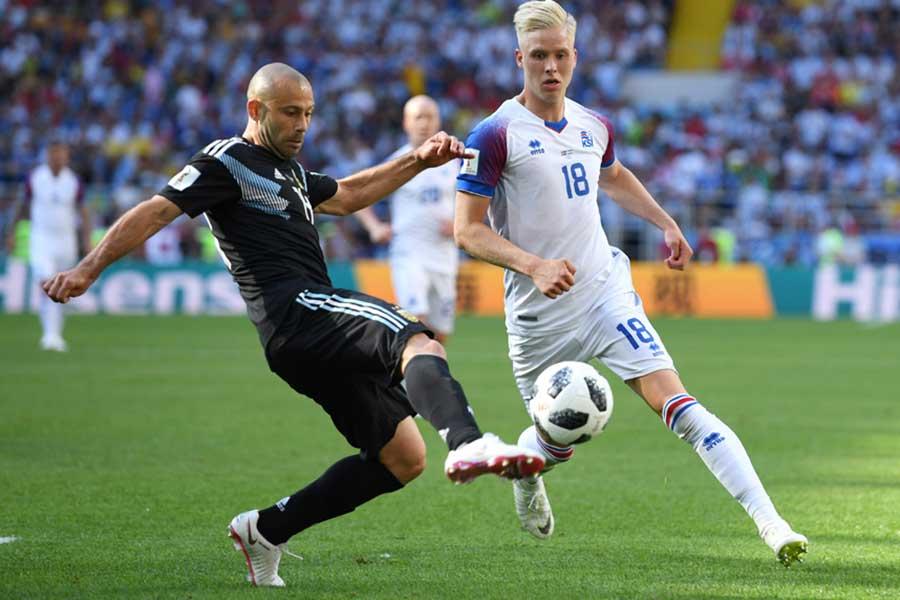 マスチェラーノはアイスランド戦の結果に悔しさを滲ませつつ、「W杯に簡単な試合はない」と強調した【写真:Getty Images】