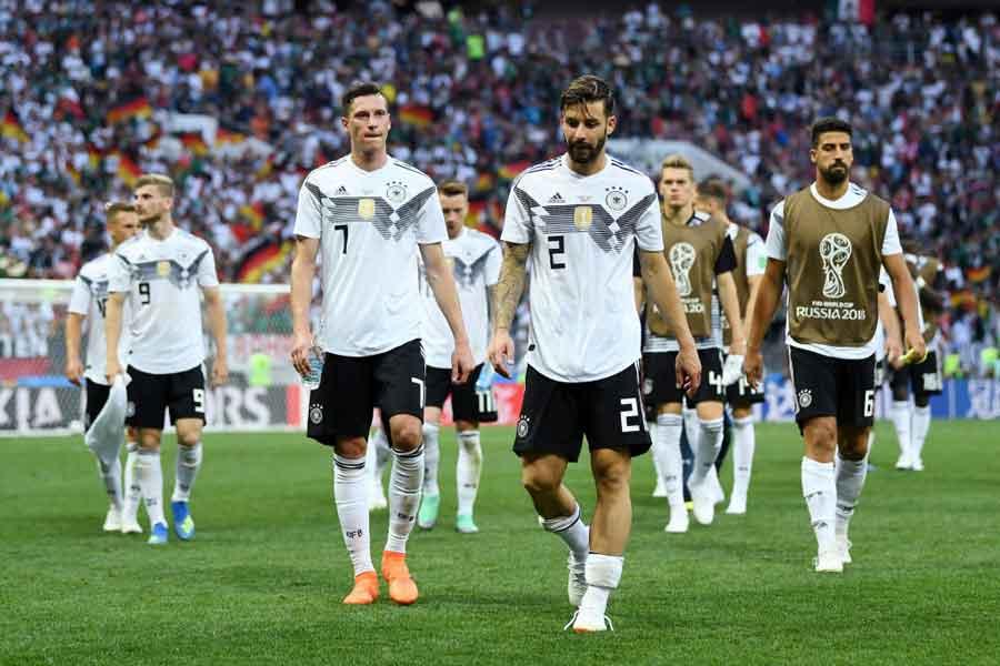 W杯王者ドイツの黒星発進に、各国メディアも驚きを隠せないようだ【写真:Getty Images】