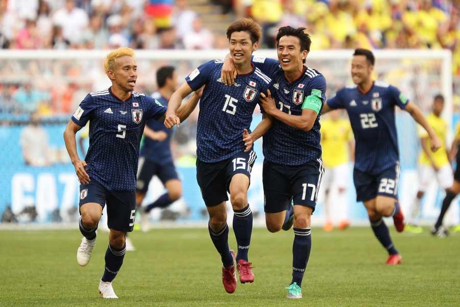 後半28分に本田のコーナーキックから決勝ゴールを挙げた大迫【写真:Getty Images】