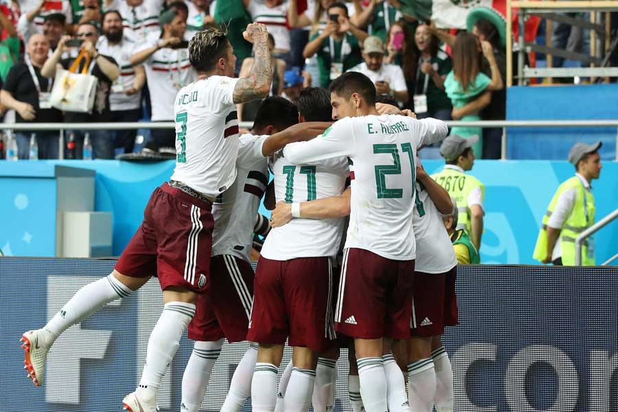 メキシコが韓国に2-1勝利で、決勝Tへ大きく前進【写真:Getty Images】