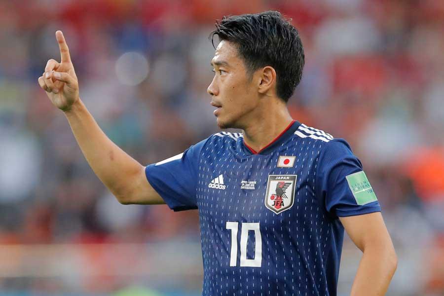 トップ下で先発した香川が2-2ドローを「良いサッカー」と評した理由は?【写真:AP】