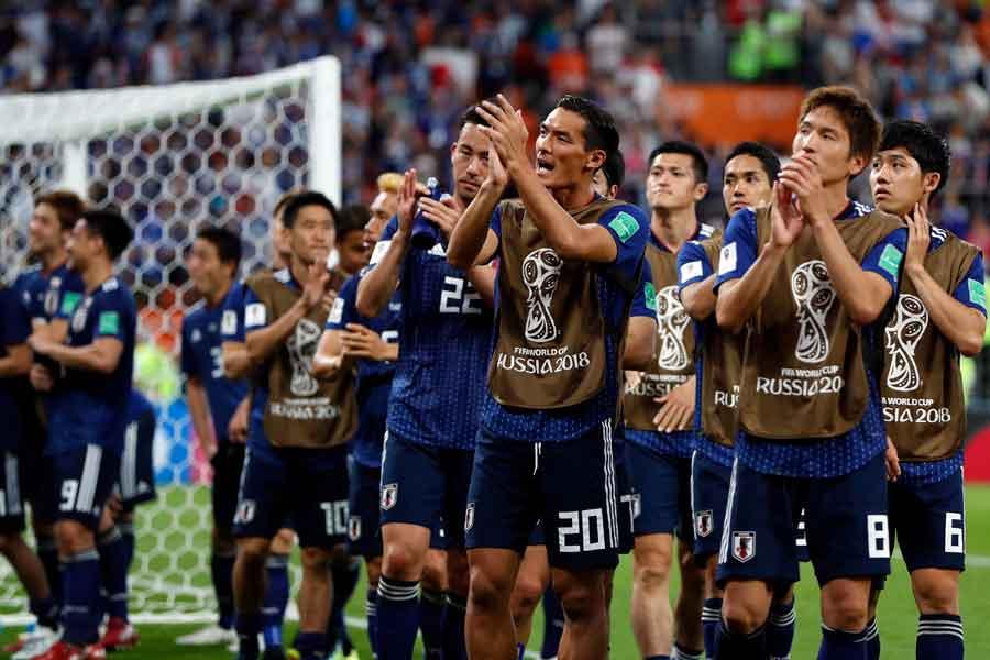 韓国メディアは、二度のリードを許しながら追い付いた粘りのサッカーを「侍」と表現している【写真:AP】
