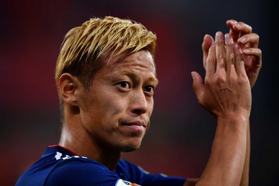 日本代表史上初めて3大会連続ゴールという偉業を成し遂げた本田【写真:Getty Images】