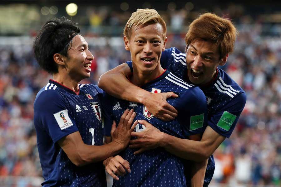 本田が3大会連続ゴールを挙げた【写真:Getty Images】