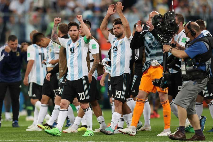 アルゼンチン代表が劇的な決勝トーナメント進出を決めた【写真:Getty Images】