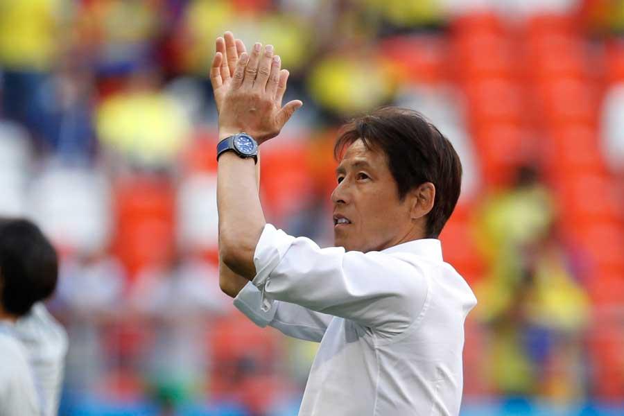 西野監督がどのような采配を見せるのか、韓国メディアも熱い視線を注いでいる【写真:AP】