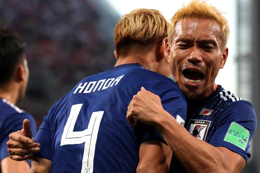 長友佑都が長年の盟友であるMF本田圭佑のゴールについては「格別」と話した【写真:Getty Images】
