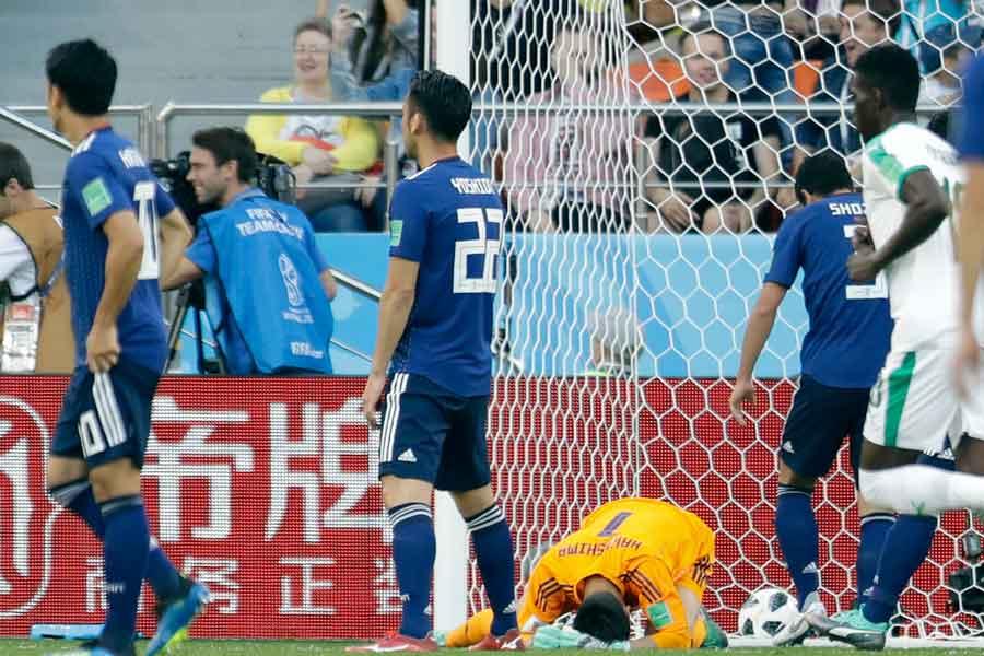 GK川島永嗣のパンチングミスによる失点を韓国メディアが酷評している【写真:AP】